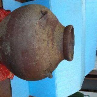 壷屋焼きの甕 ( 素焼き )