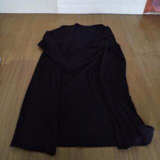 ④黒ロングカーディガン