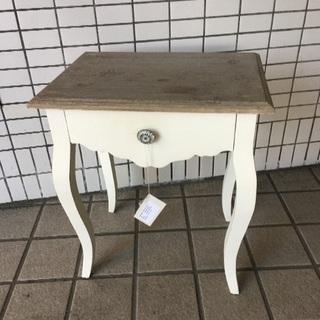《中古》BLANC D'IVOIRE  サイドテーブル