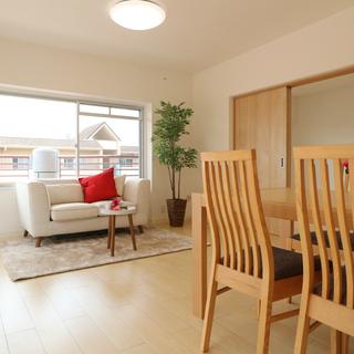 ※驚き価格の物件です※ リフォーム済みの家具付きマンションが86...