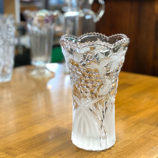 ぶどう柄のガラス製花瓶