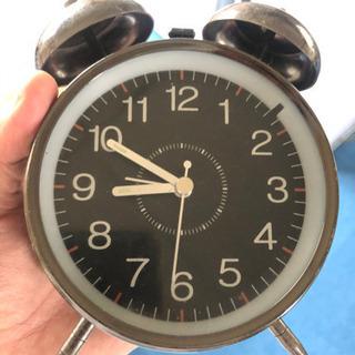 ニトリの目覚まし時計