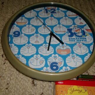 どらえもん掛時計、大型美品、配達可能 大きさ直経30cm。