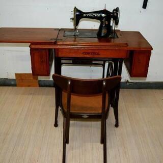 古いミシン - 家具