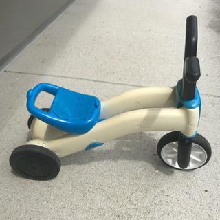 バランスバイク 三輪車 ストライダー チラフィッシュ