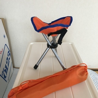 子供用折り畳み椅子 6月13日で店じめです。
