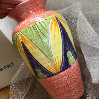 イタリア製陶器の花瓶とおまけ