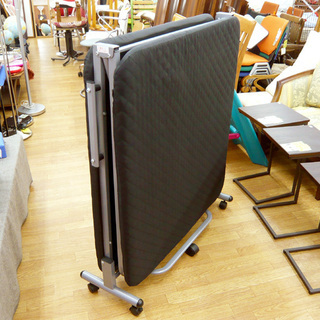 シングルサイズ 折りたたみベッド 黒 幅90×長さ200 札幌 西岡店