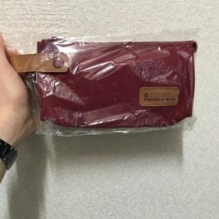 【新品】定価1000円 ペットボトルから作ったペンケース 臙脂色
