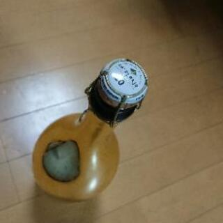 EPSILON  GOLD 空ビン 箱