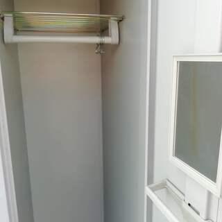 3枚扉のロッカー - 家具