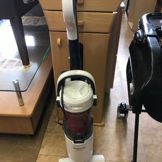 2017年式 掃除機 新品フィルター付 Panasonic