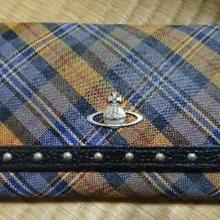 ヴィヴィアン・ウエストウッド 長財布