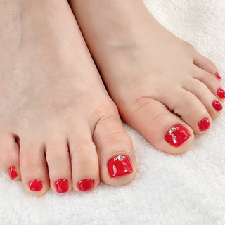 フットネイル & 足の裏の角質除去