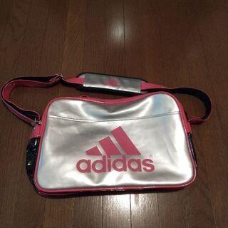 Adidas スポーツバグ
