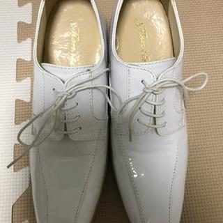 【大幅値下げ】エナメル 白の靴