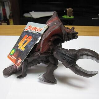 怪獣レイキュバス