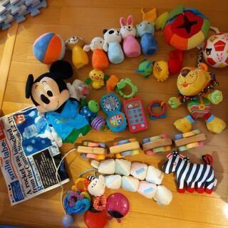 赤ちゃんのおもちゃいろいろ コンビなど