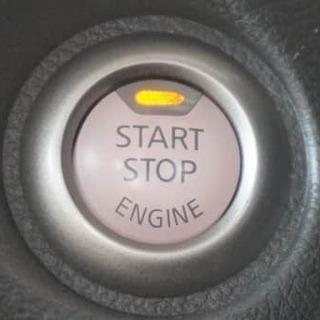 このPスタートはなんの車でしょう!!キューブ💛
