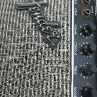Fenderベースアンプ35x