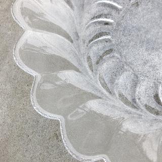 【あげます】お花形透明ガラスの大皿プレート − 東京都