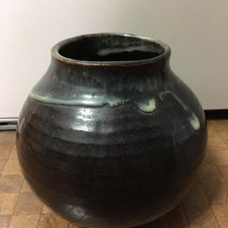 壺 花瓶 骨董品 花をいける陶器 焼き物