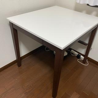 【お取引中】鏡面加工!IKEA風の伸縮するオシャレなダイニングテーブル