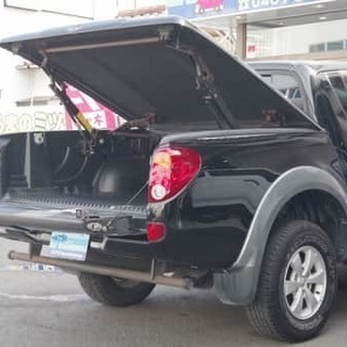 ★トライトン★金利0%★大容量&4WDでアウトドアに最適★