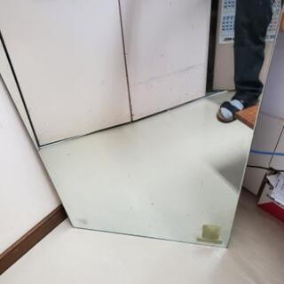 縁無しの鏡