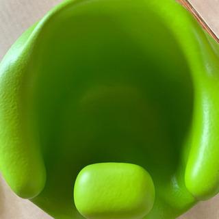 Bumbo(バンボ) ベビーソファ ヘムロックグリーン − 愛知県