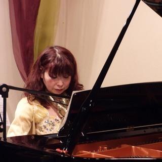 カワイピアノ教室併設のジャズピアノレッスン 弾き語りコース オン...