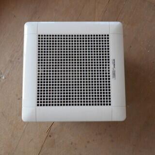 風呂用換気扇未使用?+塩ビ管差し上げます。
