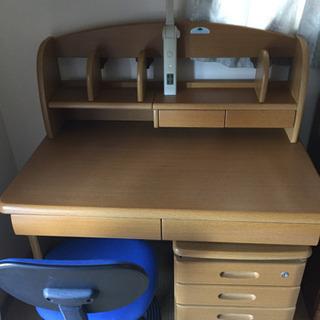 学習机と椅子を引き取っていただけないでしょうか。