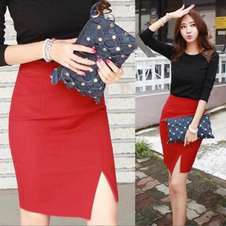 【未使用】タイトスカート 赤 Lサイズ
