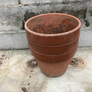 お譲りします。 0円  植木鉢