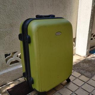 サムソナイトスーツケース緑