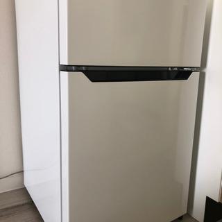 使用1年 Hisense 2ドア冷蔵庫