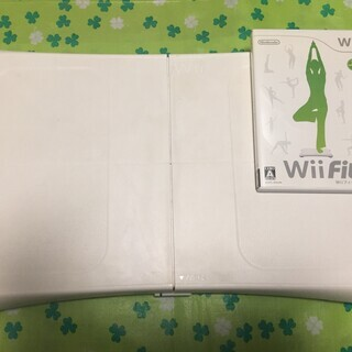 Wii Fit+バランスWiiボード 室内でエクササイズ
