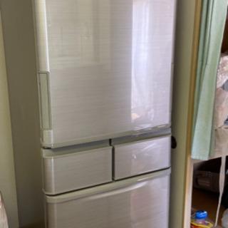 2018年製412リットル冷蔵庫売ります