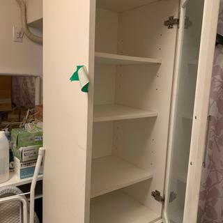 収納沢山 食器棚