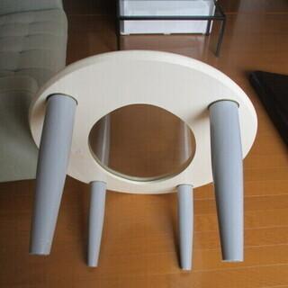 ローテーブル ガラス板 美品 ヨコ89.5㎝×60㎝ 楕円形 高さ31.5㎝ − 石川県