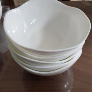 ヤマザキパン 白いお皿 複数枚(取引中)