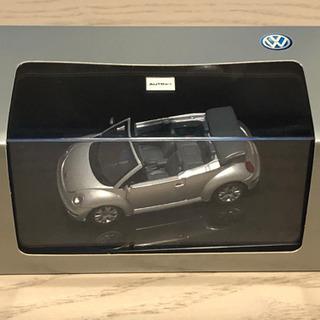 Volkswagen New Beetle 1:43ミニチュア