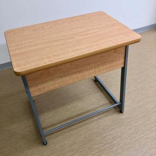 残りあと1台✨美品🌟塾の机✨小ぶりな個人用勉強机✨幅75×奥行5...