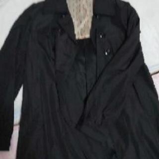 黒 スプリングコート
