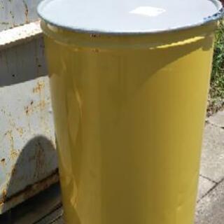 ドラム缶  輸入濃縮ジュース 宅配可能