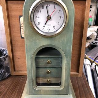 可愛いデザインの置き時計