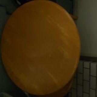 丸いローテーブル