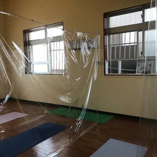 ヨガ始めての方、身体が硬い方もお気軽に参加できます!ヨガ教室沖縄市