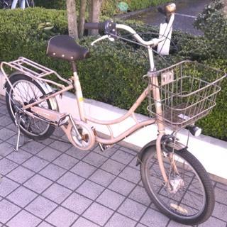 20インチ シティーサイクル 自転車 シマノ外装5段ギヤ変速 です。
